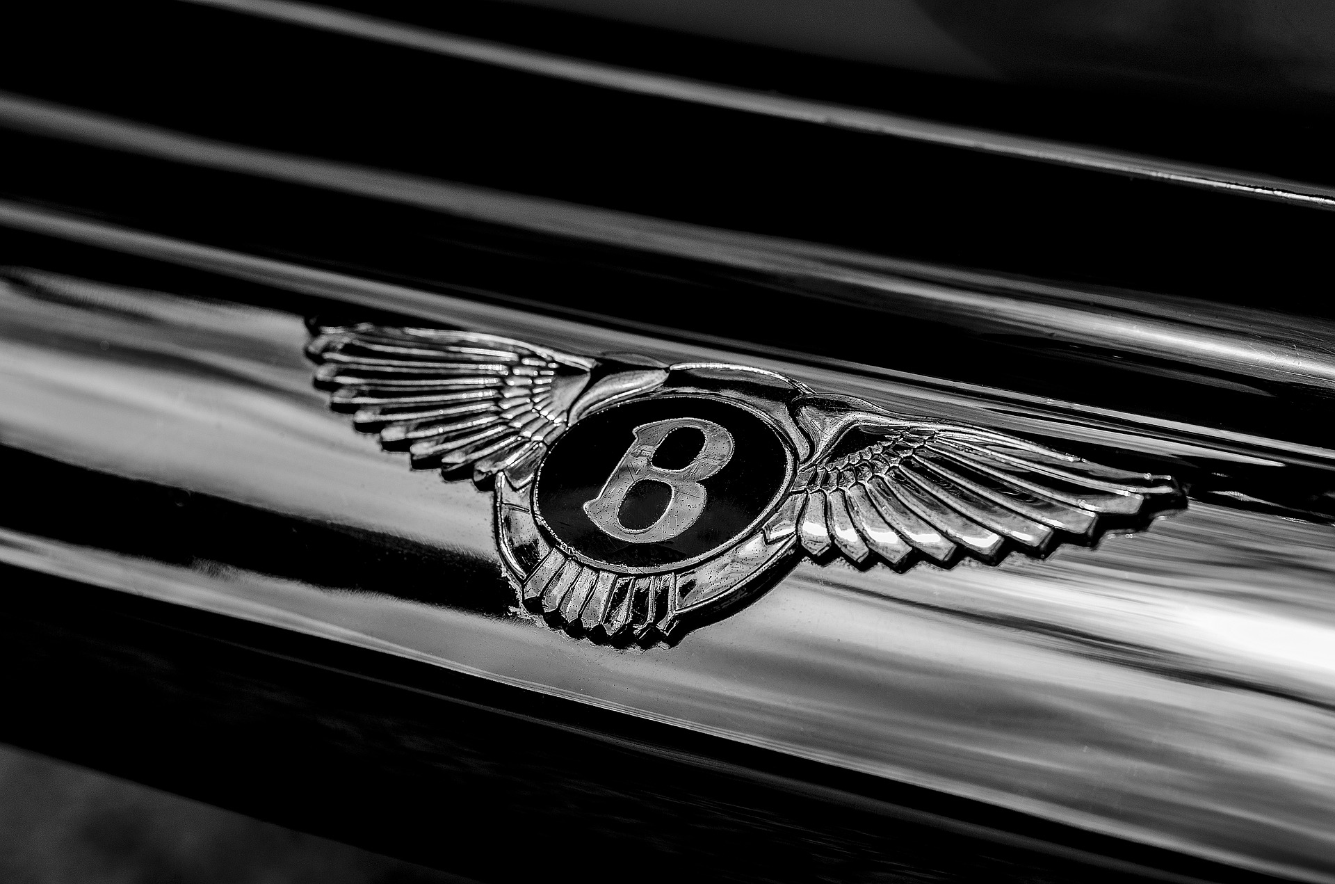 Bentley GT Speed Is Sharp To The Touch: Cuts To The Chase